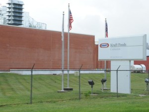 Kraft Foods in Coshocton is expected to hire 300 additional workers by 2018. Tribune file photo Kraft Foods in Coshocton is expected to hire 300 additional workers by 2018. (Photo: Tribune file photo)